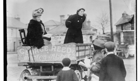 suffrage speaking from cart, london